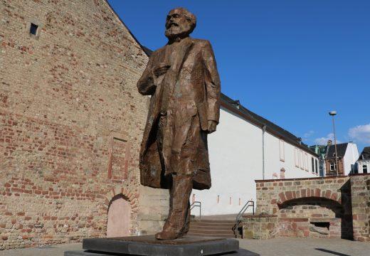 Sozialismus: Die gescheiterte Idee, die niemals stirbt